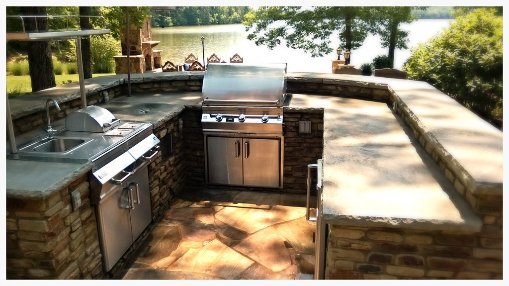 Custom Outdoor Kitchen. Cleveland, Tn.