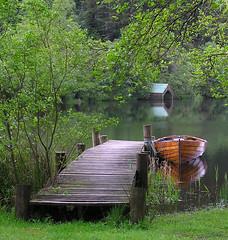 Loch Ard (lovestruck.) Tags: reflection scotland boat canal interestingness topf50 topv555 bravo 100v10f soe trossachs pontoon lochard explored i500 cy2 challengeyouwinner abigfave cy2winner 3wayassignment21 thechallengefactory winnerbc