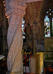 The Apprentice Pillar (musicmuse_ca) Tags: 15fav stone 1025fav 510fav scotland interestingness stclair carving medieval 2550fav freemasonry latin celtic sinclair freemasons davincicode knightstemplar rosslynchapel rossyln apprenticepillar interestingness154 i500 holybloodholygrail