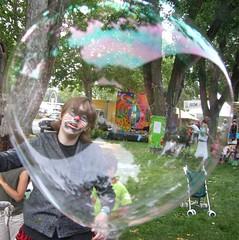 Bubble (Robbi Baba) Tags: festival hippy harmony bubble trippy groovy newage harmonyfestival healthharmony