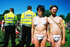 john and yvonne (lomokev) Tags: summer people canon john brighton mask skin body police sunny yvonne masks agfa ultra agfaultra eos1 circularpolarizer worldnakedbikeride nakedbikeride thelevel canoneos1 rudebits brightonnakedbikeride brightonworldnakedbikeride upcoming:event=46171 file:name=cnv00143 johnsc flickr:user=yvoluna flickr:nsid=13520439n07