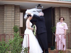 Wedding Photos April 22 2006 094 (stuartmcnamara5) Tags: windy it isnt