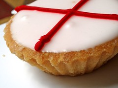 (World) cup cake (honey3bun) Tags: world england cup cake football yummy team flag worldcup players footie frangipan