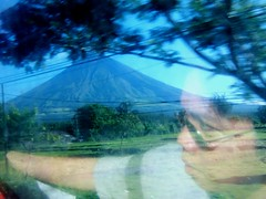 Mt Mayon from inside a moving bus (Arnel Constantino) Tags: bicol pointshoot albay fujifinepix4mp