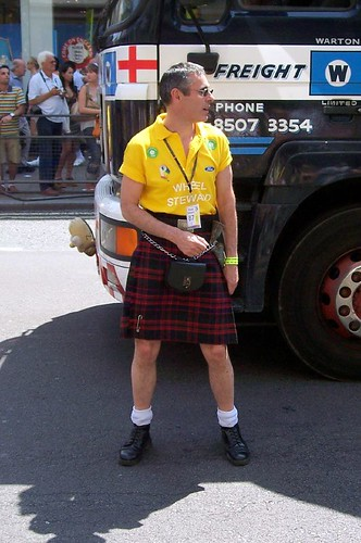 August 2, 2007 Posted by richiepride | gay, kilt, london, pride | Leave a ...