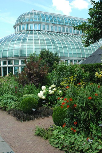 Brooklyn Botanic Garden, Mixed Perennial Border and Palm House