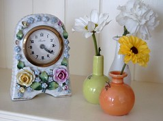 little vases and a clock (bloomsdayflowers) Tags: china flowers clock florist chrysanthemum vases bloomsday flowersinvases