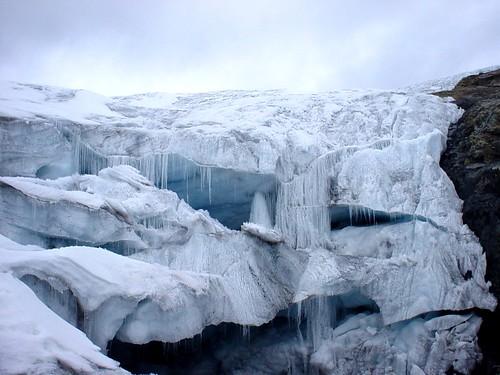 Cavernas de Hielo en el nevado Pastoruri