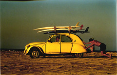 endless summer (rougerouge) Tags: film beach car yellow altered sand citroen scan 2cv 1976 amarilla citrola yelloworld top20yellow theunforgetablepictures cotroneta