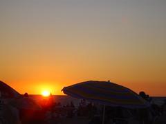 aDióS... (RoOoOo!!!) Tags: sunset sol atardecer cadiz carranza ocaso trofeo 100vistas barbacoas esecadicampeon