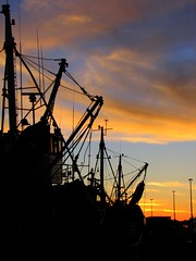 Sunset at Laaiplek (Ottie) Tags: southafrica boats harbour westcoast lateafternoon westerncape 3ofakind interestingness58 i500 velddrif laaiplek abigfave explore27aug06