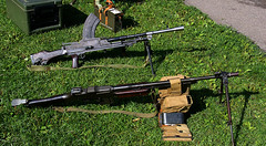 Bren and Browning Automatic Rifle (Whipper_snapper) Tags: uk england bar essex dday bren thurrock brengun easttilbury coalhousefort browningautomaticrifle