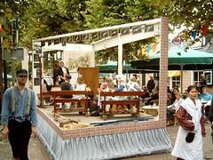 Langwarder Merke Optocht Aug 31, 2006 (Davydutchy) Tags: netherlands kids children fair parade float friesland fryslân langweer langwar thebiggestgroup langwardermerke copyrightdavydutchy