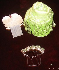cupcake swap by: Shireen (sketchedsoul) Tags: beads muslimah cupcakecard mashaallah cupcakeswap cupcakescarf cupcakebracelet