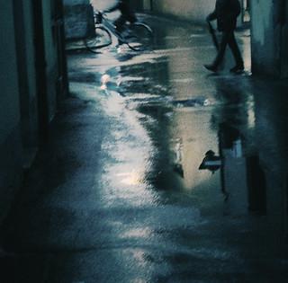 雨の日の残像/after-image in a rainy day