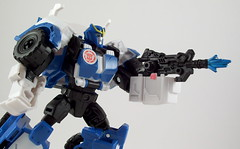 Strongarm (thenatureboywoo) Tags: white green 30 female robot jazz robots transformers disguise spaceship cosmos fembot autobot autobots decepticon strongarm decepticons thrilling