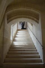 Escalier des Invits (honorinebzn) Tags: france statues middleages sculptures picardie secondempire cain moyenge napoloniii violletleduc oise wingedlion pierrefonds chteaudepierrefonds impratriceeugnie louisdorlans lionail ailedesinvits