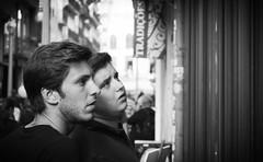 PORTO - BROTHERS (Maikel L.) Tags: people man men portugal europa europe leute brothers watching guys schaufenster menschen porto mann interested portuguese oporto männer interesse southerneurope brüder portugiesisch südeuropa