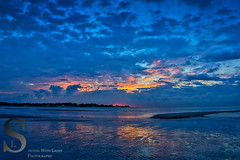 Sun rising at Silver Beach Oct 16 (Singing With Light) Tags: autumn fall sunrise photography cool october c sony ct milford 16th 2015 mirrorless sony16mm28 singingwithlight singingwithlightphotography forttrumbullbeach alpha6000 sonya6000 notsurewhatthisbeachiscalled