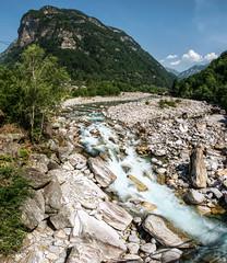 Bed (Elliott Bignell) Tags: mountain mountains alps river schweiz switzerland tessin ticino suisse stones valle berge steine boulders val valley svizzera fluss torrent felsen versasca versascatal