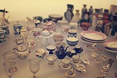 IMG_2221 (kaejohnsonphotography) Tags: up closeup museum glasses miniature kent close canterbury pots ornaments