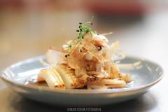 Momiji cocina japonesa (calamar) (MaxiKohan) Tags: food cooking valencia cuisine japanese restaurant comida momiji japanesecuisine mercadodecolón cocinajaponesa maxikohanphotography
