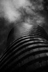 Watchdog (Alessandro Vastalegna) Tags: lines canon700d efs1755mm canarywharf london autumn 2016 series verticality building skyscraper drama clouds architecture values contrast naturallight geometric structure marumi perspective