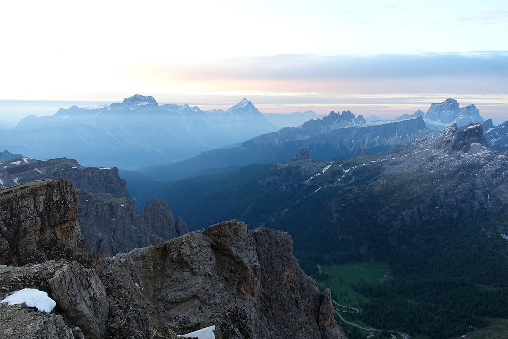 The world 39 s best photos of dolomiti and pelmo flickr for Best view of dolomites
