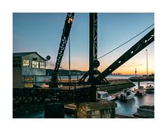 Belém, Lisboa (Sr. Cordeiro) Tags: belém lisboa lisbon portugal noite night anoitecer nightfall doca dock docks docas guindastes cranes rio tejo tagus river panasonic lf1