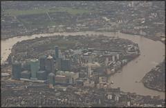 Canary Wharf London (elevationair ✈) Tags: london lhr egll england unitedkingdon uk aerialview europe thames riverthames river canarywharf stack holdingstack bovingdon bovingdonhold approachtoheathrowairport londonfromaplanewindow