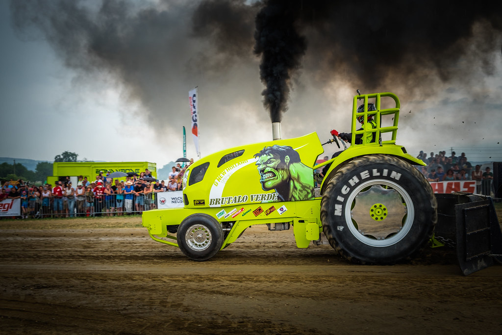 Black White An D Tractor Pulling Wagon : The world s most recently posted photos of pulling and