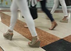 Street feet (366) (♠I Love Feet & Shoes♠) Tags: street sexy feet stockings pie shoes highheels sandals tights lingerie heels pés huf hoof bas pieds mules pantyhose schuhe casco piedi meias medias scarpe sandalias chaussures sapatos sandálias zapatillas sandalen ноги sandales чулки sabot sandali πόδια strümpfe ботинок παπούτσια туфля calcanhares каблуки füse σανδάλια κάλτσεσ копыто сандалий οπλή