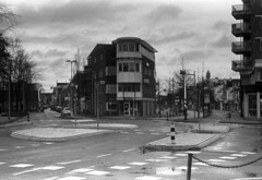 Beverwijk (Sean Anderson Classic Photography) Tags: camera sky clouds zeiss lens dresden iii jena contax carl 100 f2 zeissikon pyro murky 1937 pmk sonnar beverwijk fomapan 5cm uncoated collapsiblesonnar