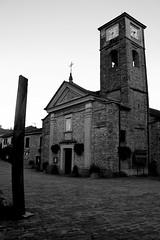 Chiesa della Nativit di Maria Vergine (BerrutiGiulia) Tags: bw italy church italia chiesa piemonte cuneo piedmont langhe bergolo visitpiedmont