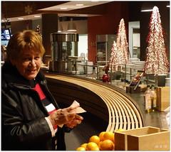 DSCI8513 (aad.born) Tags: christmas xmas weihnachten navidad noel  tuin engel nol natale  kerstmis kerstboom kerst boi kerststal  kribbe versiering kerstshow  kerstversiering kerstballen kersfees kerstdecoratie tuincentrum kerstengel  attributen kerstkind kerstgroep aadborn nativitatis