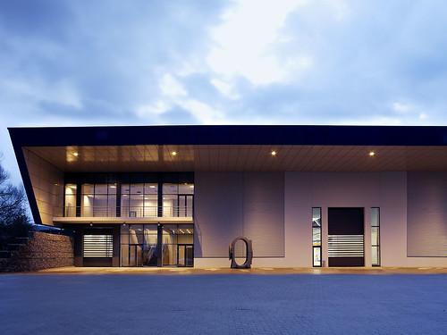Швидкі ворота. Высокоскоростные ворота. Hi speed doors. Efaflex. EFAFLEX_Aerzener Maschinen Panorama