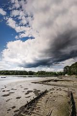 Rivière du Bono (Stéphane Sélo) Tags: lebono paysage pentax pentaxk3ii bateau bretagne clouds landscape maison morbihan nuages océan port rivière sigma1750f28 été