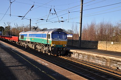 66711 at Morpeth (stephen.lewins (1,000 000 UP !)) Tags: sheds class66 66711 sence northumberland morpeth railways ecml