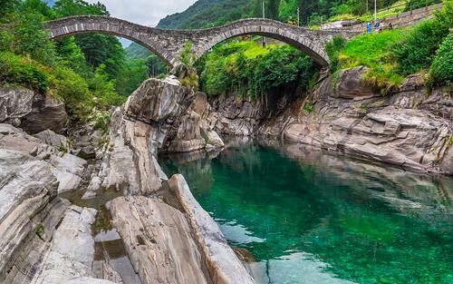 Lavertezzo, řeka Verzasca, Ponte Dei Salti