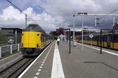 ICMm 4224, Onbekend & 4044 ([Publicer Transport] Ricardo Diepgrond) Tags: ns icmm 4224 4044 trein koploper intercity materieel modern lelystad centrum den haag centraal