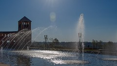 T5i_IMG_2955 (2) (A. Neto) Tags: tamron18200diiivc tamron t5i eos canont5i700d canon 700d color blue sky water fountain sun people street