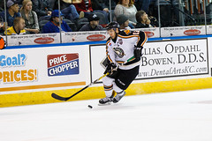 "Missouri Mavericks vs. Quad City Mallards, January 21, 2017, Silverstein Eye Centers Arena, Independence, Missouri.  Photo: John Howe / Howe Creative Photography • <a style=""font-size:0.8em;"" href=""http://www.flickr.com/photos/134016632@N02/32527847025/"" target=""_blank"">View on Flickr</a>"