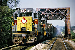 EL, Pavonia, Ohio, 1973 (railphotoart) Tags: eb el black forkmohican river stillimage pavonia ohio unitedstates