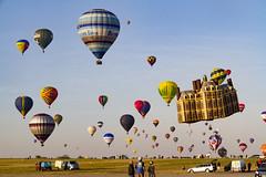 Lorraine Mondial Air Ballons 2015 (Sylvain Francois) Tags: sky hot sport balloons outdoor air balloon lorraine montgolfire 2015 chambley lorrainemondialairballons lmab chambleybussires lmab15
