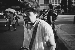 Untitled (harumichi otani) Tags: bw monochrome tokyo shibuya streetphotography streetphoto bwphotography japanphotography japanstreetphotography japanbwphotography