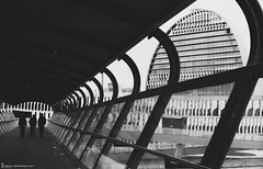 - Madrid - Spotmatic Kodak 35mm B&W (Zamana Underground) Tags: street film 35mm pentax spotmatic pelicula analogic analógico