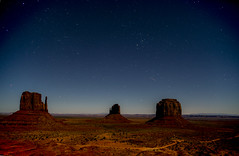 Monument Valley Sky Night (marcodr25) Tags: stars monumentvalley skystars monumentvalleynight monumentvalleystars