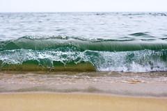 summer (evgeniyazinovyeva) Tags: sea sun water sunshine sunrise canon sand russia bluewater wave 50mm14 vladivostok waterside владивосток cleansea 400d primorskykrai приморскийкрай