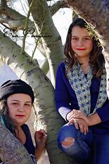 _MG_4194 (goss_maggie) Tags: familyphotos sistersphotos whitetanksaz desertaz treeclimbing