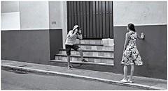 Fotógrafo  (Photographer) (Samy Collazo) Tags: argus argusc3 1955 kodak kodakd76 fotografo photographer sanjuan oldsanjuan viejosanjuan puertorico streetphotographer fotografocallejero bn bw lightroom niksilverefexpro2 aviary